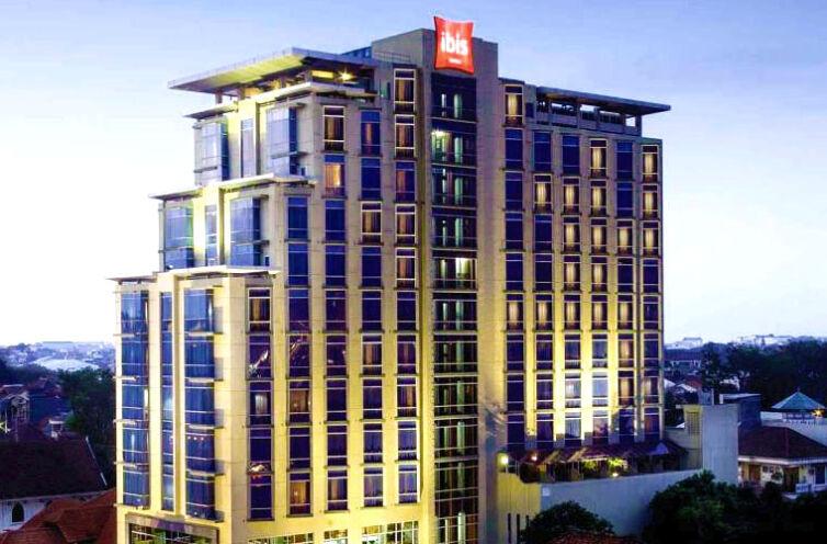 Hotel Ibis (Semarang)