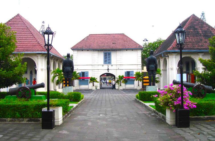 Renovasi Benteng Vredenburg (Jogjakarta)
